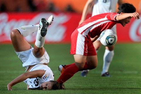 USA's midfielder Carli Lloyd