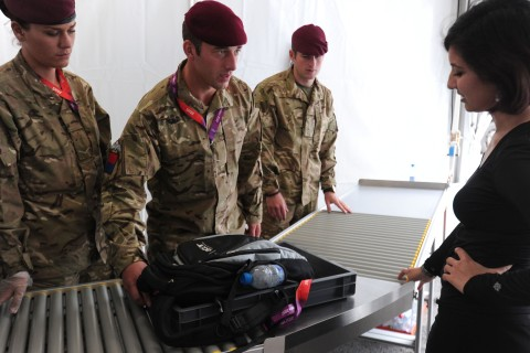 2100_oly_security_olympictroops_012_0726.jpg