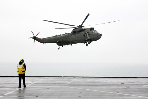 2100_oly_security_seakinghelicopter_006_0726.jpg